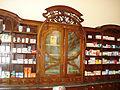 Három Rózsa Szálló; Fehér Kígyó gyógyszertár (12041. számú műemlék).jpg