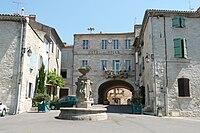 Hôtel de ville à Barjac (Gard).JPG