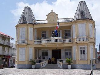 Le Moule - The city hall