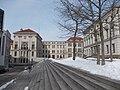 HAL-Universitätsplatz a.JPG