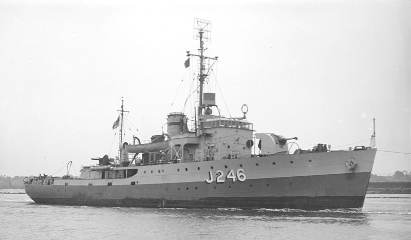 File:HMAS FremantleSLV Green.jpg