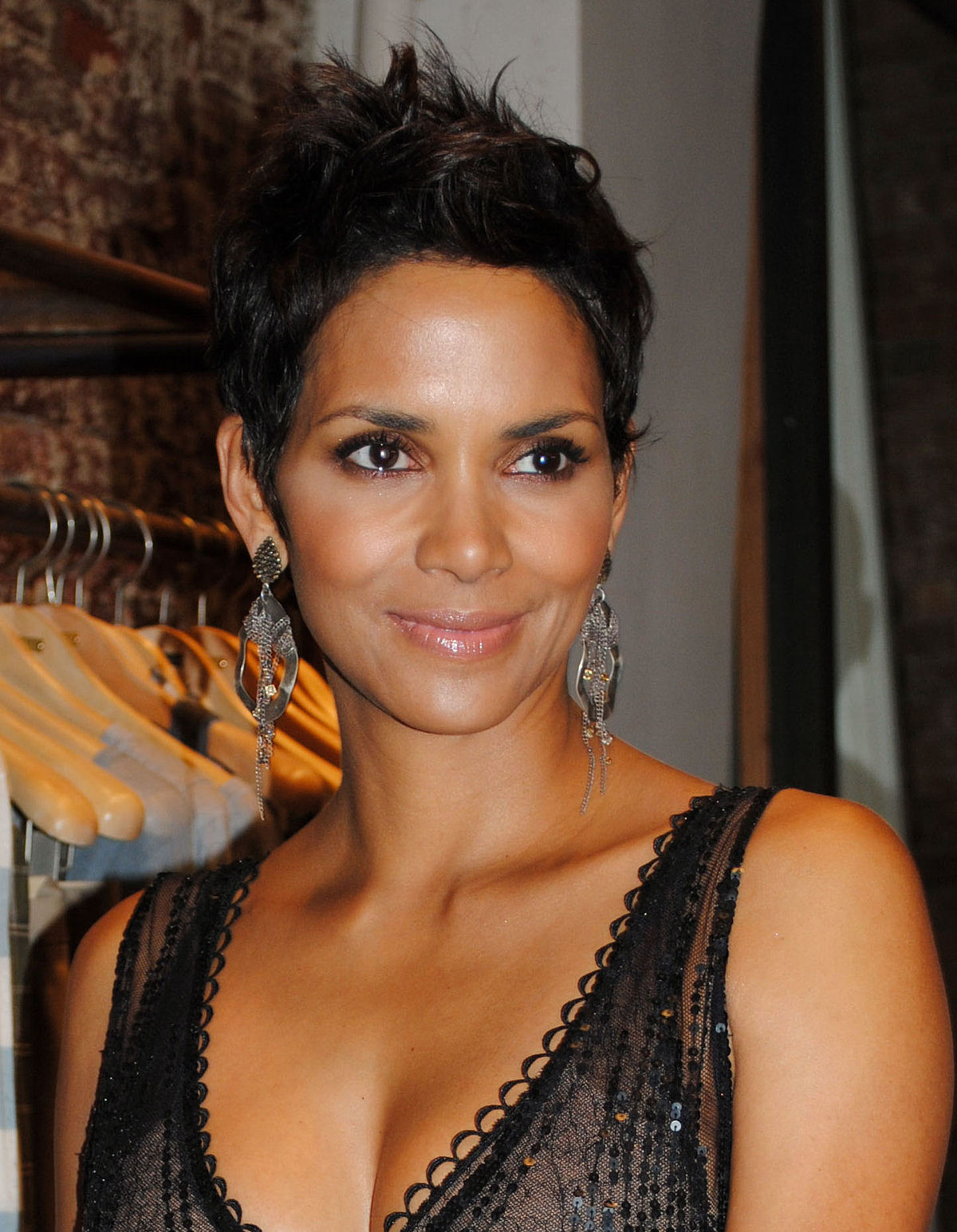 halle berry - photo #13