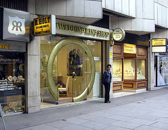 Hatton Garden - A ring shop in Hatton Garden
