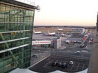 Heathrow Terminal 5 airside 020.JPG