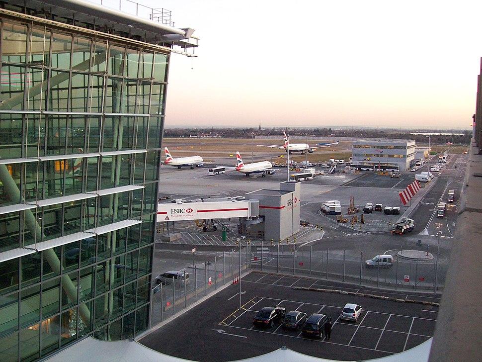 Heathrow Terminal 5 airside 020