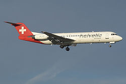 Fokker 100 der Helvetic Airways