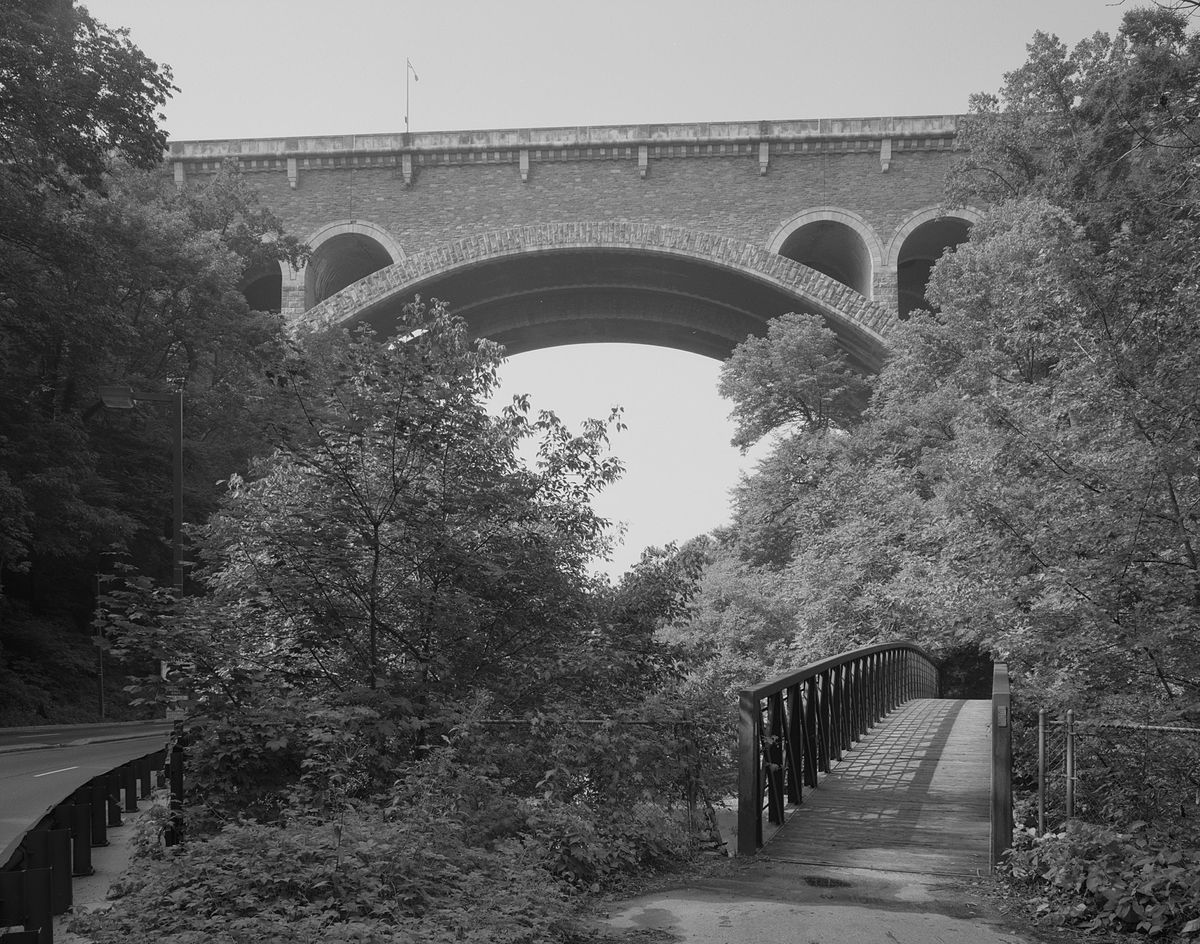 Wissahickon Memorial Bridge - Wikipedia