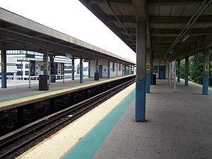 Hicksville (LIRR station) - Hicksville Station from Platform A, facing west toward New York