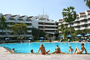 Holiday Inn, Cha am (8288410841) (2).jpg