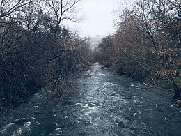 Hrazdan river near Open air Gym of Hrazdan gorge (03.2019).jpg