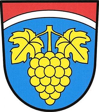 Hroznatín - Image: Hroznatín znak