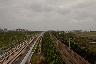 Shanghai–Nanjing intercity railway - The Shanghai–Nanjing Intercity Railway (left) and the conventional Beijing–Shanghai Railway (right) lines run parallel to each other.