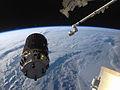 ISS-36 HTV-4 berthing 1.jpg