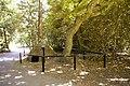 Ice Well, Oakwood Park, London N14 - geograph.org.uk - 868053.jpg
