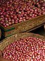 India - Koyambedu Market - Onions 10 (3986292991).jpg