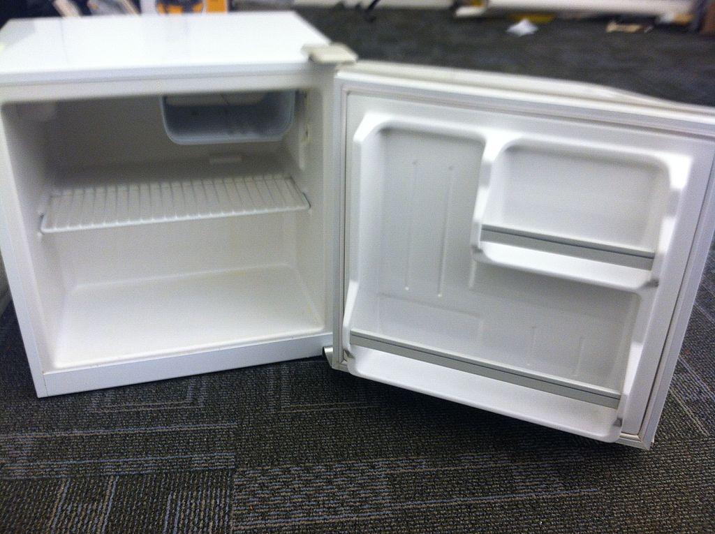 Inside Haier Mini Refridgerator (Full)