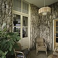 Interieur, overzicht van de serre met kurkbekleding - Nieuweschans - 20387333 - RCE.jpg