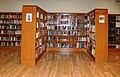 Interior Biblioteca Municipal Mossèn Cinto Verdaguer 1438.jpg