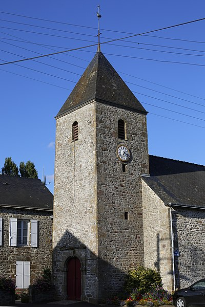 Église Saint-Pierre-et-Saint-Paul d'Izé.