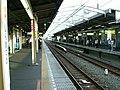JREast-Shin-matsudo-station-platform-3-4.jpg