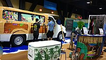 At 2017, WrapsCon in Long Beach, CA, Justin Pate offered free training and product reviewing in his Wrap Institute booth with a tropical theme.