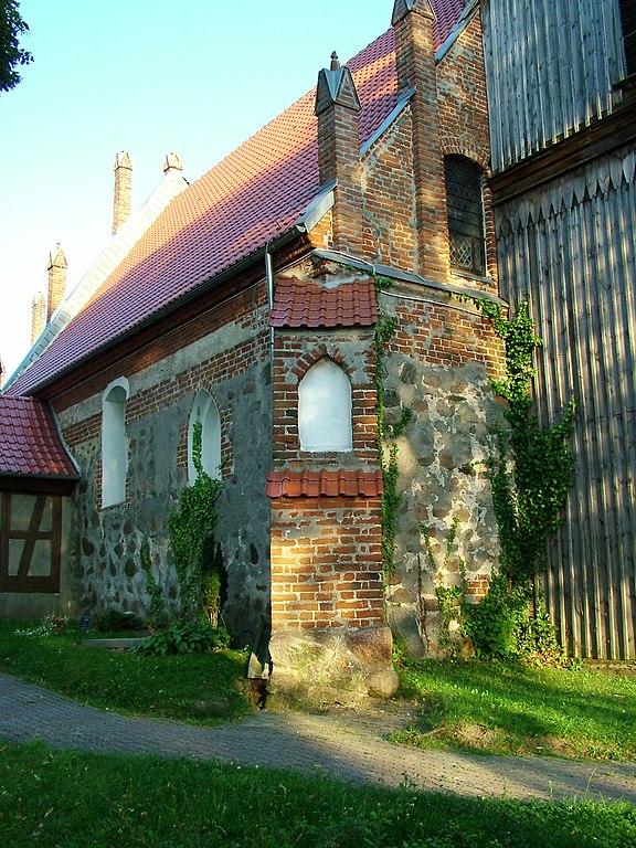 576px-KALWA_the_old_church_-_panoramio_%281%29.jpg