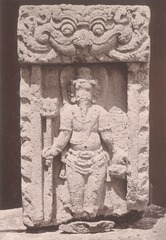 KITLV 87720 - Isidore van Kinsbergen - Sculpture of Ganesha from the Dijeng plateau - Before 1900.tif