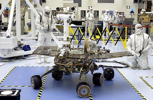 KSC-03PD-0786 MER-2 Spirit Rover