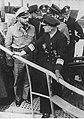 Kapitan Fritz - Julius Lemp podczas rozmowy z wiceadmirałem Karlem Donitz (2-2599).jpg