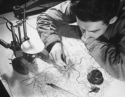 https://upload.wikimedia.org/wikipedia/commons/thumb/f/f8/Kartograph.jpg/520px-Kartograph.jpg