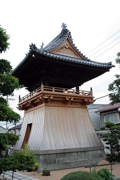 Les temples japonais 400px-Keiunji_Au10_08