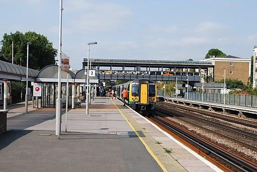 Kensington Olympia station (6472708367)