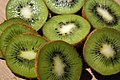 Kiwi (3443101792).jpg