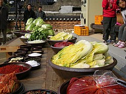 Korean cuisine-Gimjang-Preparation for making kimchi-01.jpg