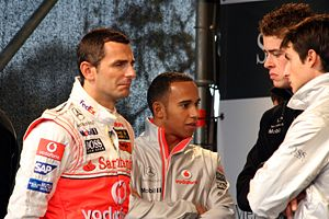 Pedro de la Rosa, Lewis Hamilton, Paul di Rest...