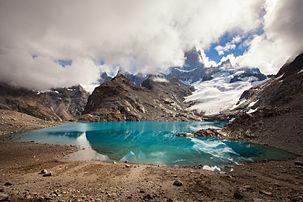 Laguna de los Tres color.jpg