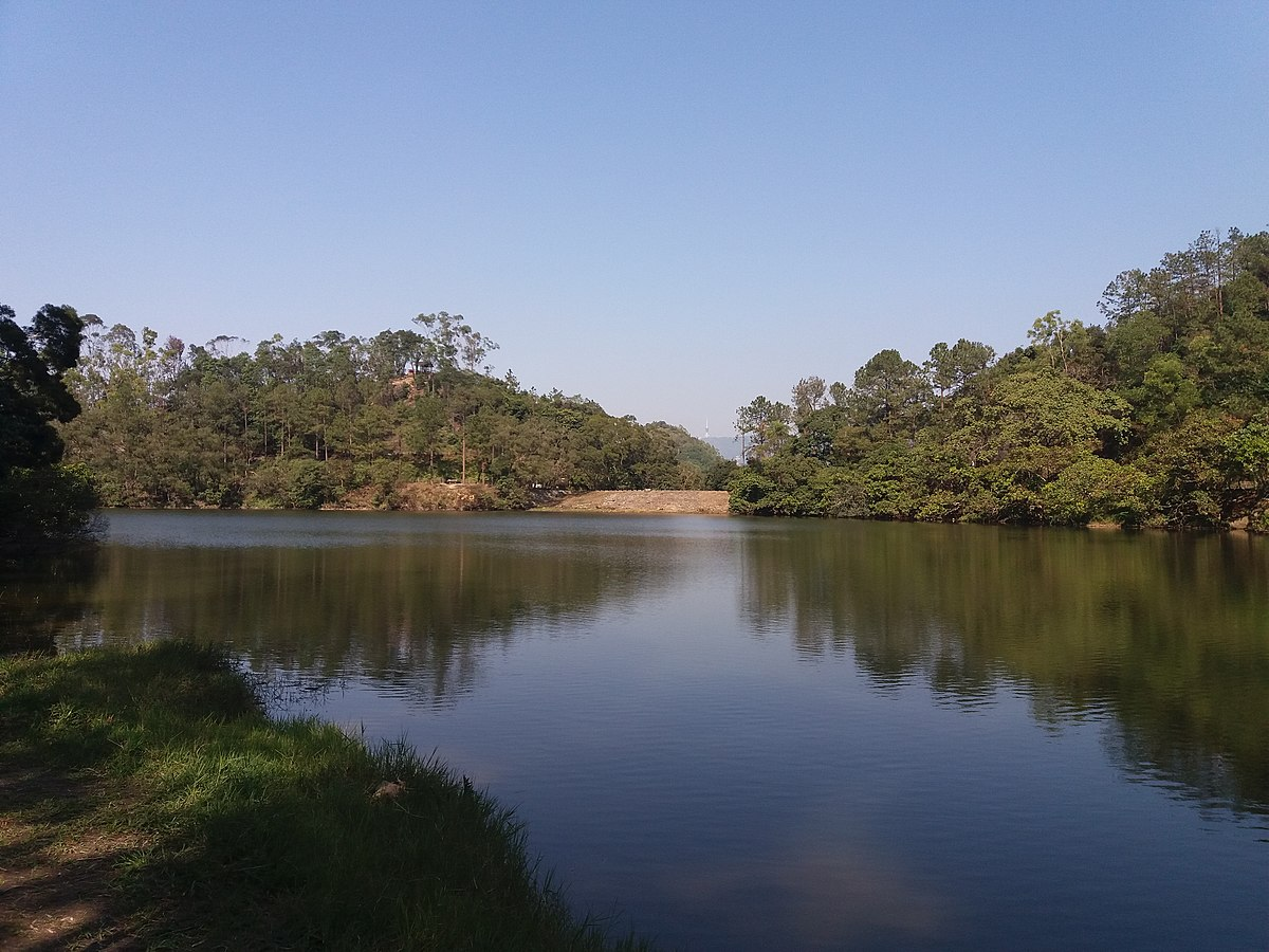 Lau Shui Heung Reservoir.jpg