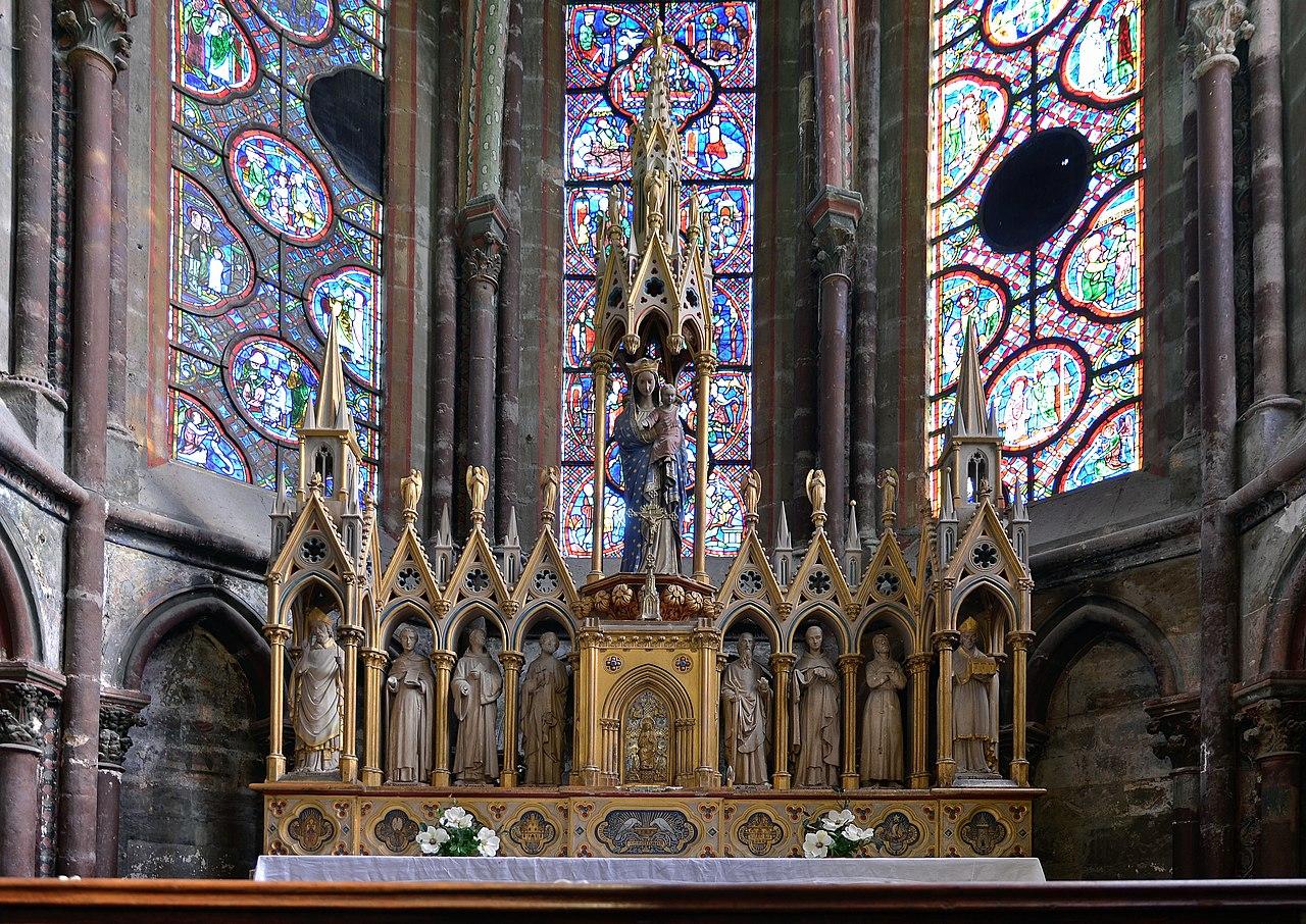 Le Symbolisme Chrétien - 19 eme siècle - Angleterre ( Images) 1280px-Le_Mans_-_Cathedrale_St_Julien_int_05