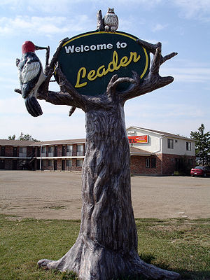 Leader, Saskatchewan - Leader welcome sign