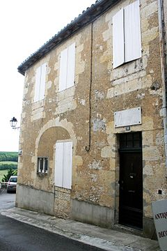 Lannes' birth house in Lectoure Lectoure-maisonLannes.jpg
