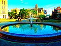 Library Mall Fountain - panoramio.jpg
