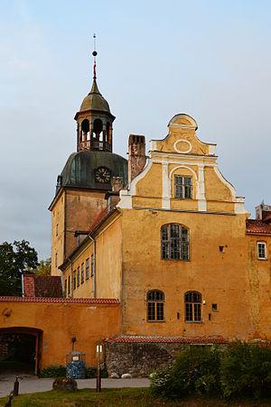 Lielstraupe Castle - Image: Lielstraupe Castle 02