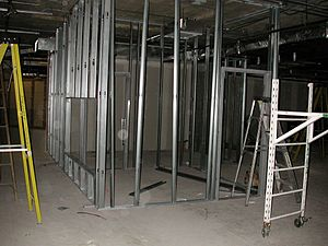 Steel frame - Interior partition walls made with cold formed steel