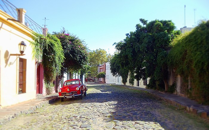 Little red car - Estepa.jpg