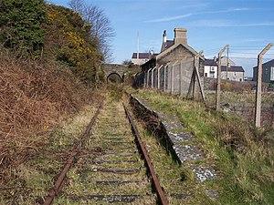 Llannerch-y-medd - Image: Llanerchymedd station, Anglesey. geograph.org.uk 75729