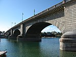 London Bridge, Lake Havasu City, Arizona (3227888290).jpg