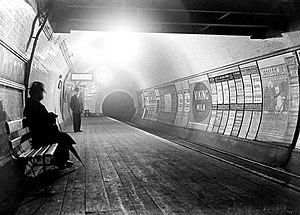 History of the London Underground - Image: London Underground circa 1900