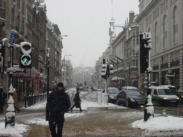 640px-London_in_snow_2_February_2009_336.jpg (640×480)
