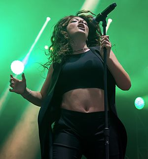 Pure Heroine - Lorde at the ACL Music Festival in October 2014