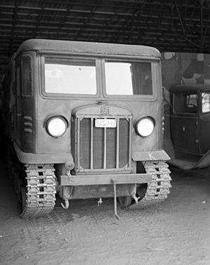 STZ-5 - STZ-5 captured by Hungarian army, 1943
